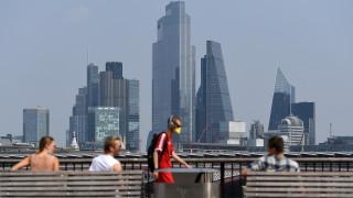 2 млн. граждани на ЕС са със статут на уседналост във Великобритания