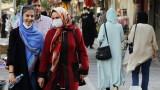 В Иран вече над 200 000 заразени с новия коронавирус, възстановява ограничения