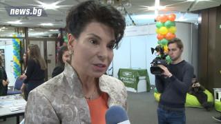 Султанка Петрова: Младите остават само при добри заплати и условия
