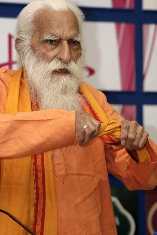 108-годишен йога дава съвети за дълголетие