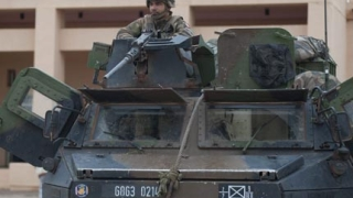 Френските сили в Мали превзеха летището в Киндал