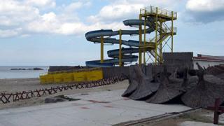 Бум на незаконни обекти край Синеморец