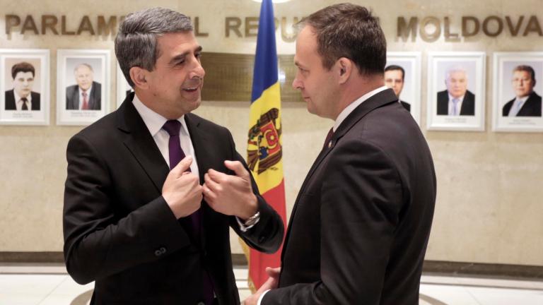 Черпете от нашия опит по пътя към ЕС, съветва Плевнелиев в Молдова