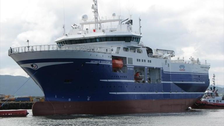 """Кабинетът разреши на """"Oceanic Endeavour"""" да проучва за нефт и газ в Черно море"""