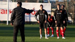Десподов подновява тренировки в Каляри