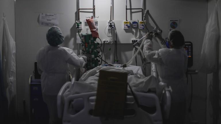 Над 47 000 новозаразени с коронавируса в Бразилия, син на Болсонару е заразен