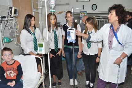 Деца събраха пари за болнична апаратура