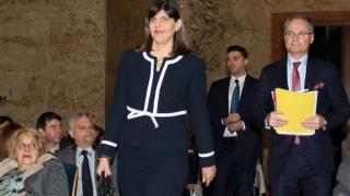 Румъния ни нахъсва да разследваме корупцията по високите етажи на властта