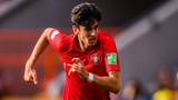 Барселона и Ювентус в битка за млад португалец