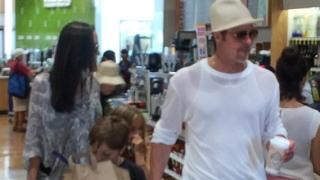 Брад Пит и Анджелина Джоли пуснаха свой зехтин
