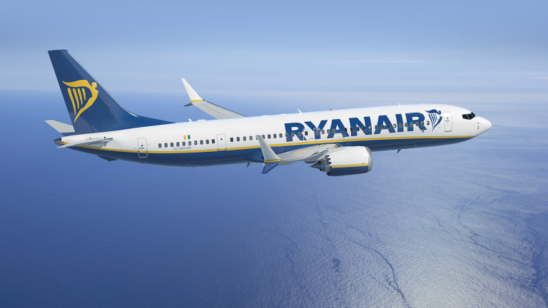 Ryanair превози над 100 милиона пътници за година
