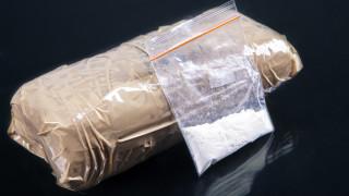 """Нови наркогрупи """"юберизират"""" доставките на кокаин в Европа и носят повече насилие"""