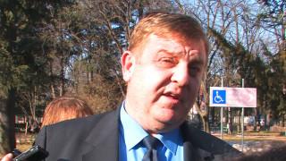 Каракачанов е непримирим към двойния стандарт между българи и роми