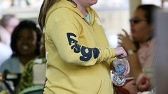 Лиса Мари Пресли е бременна с близнаци