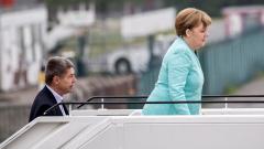 77 % от германците не искат Меркел да се прекланя през исканията на Ердоган