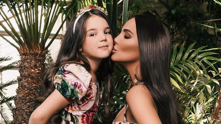 Да бъдеш дъщеря на Николета Лозанова