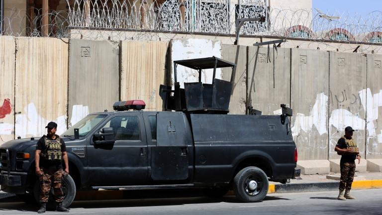 Пак удариха база на САЩ на летището в Багдад