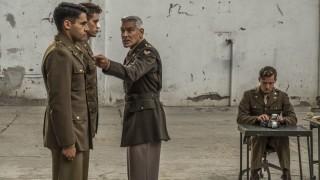 Първи трейлър на Catch-22 с Джордж Клуни
