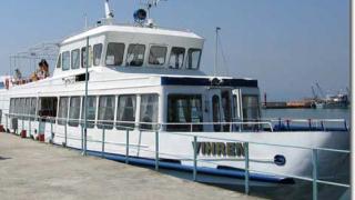Тръгна пасажерският кораб между Свищов и Зимнич