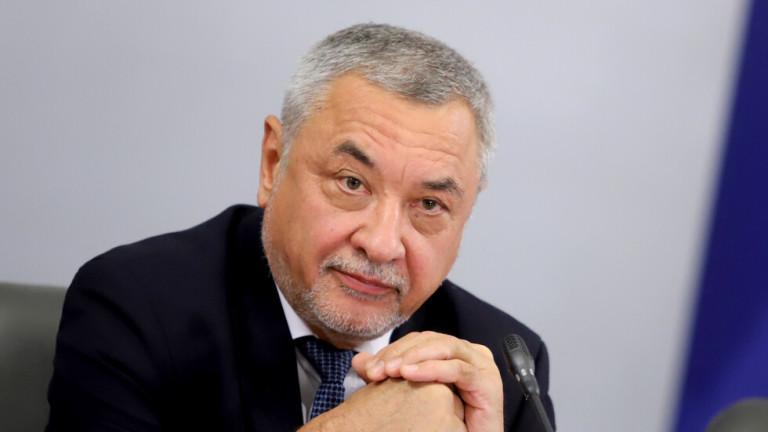 Валери Симеонов гледал да няма вземане-даване с държавата