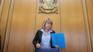 Да отменят решението на поземлената комисия за Бистрица, искат Танева и Фандъкова