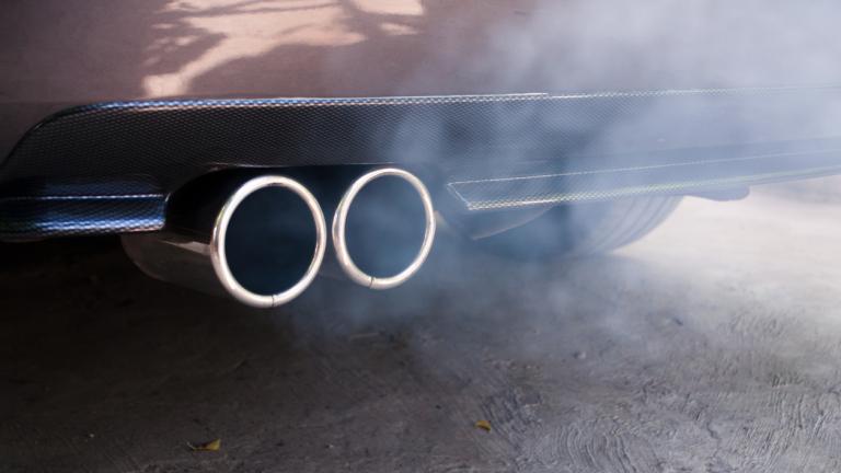 Българите карат бензинови коли при €4000 отстъпка за електромобилите