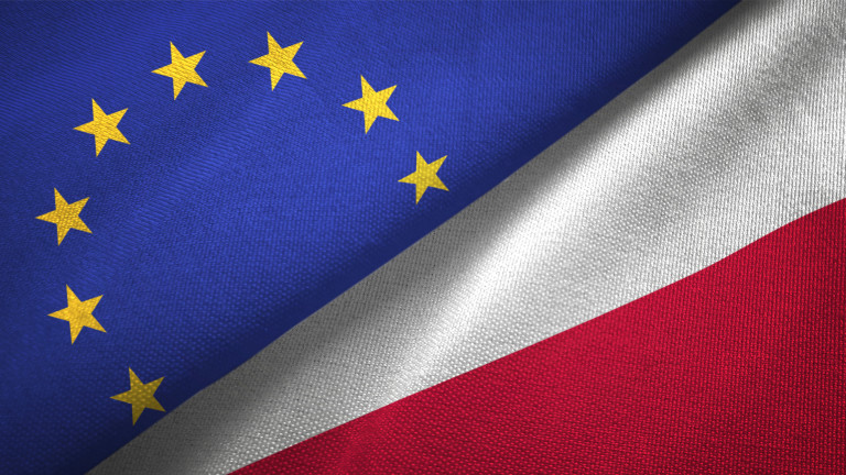 Брюксел предава Полша на Съда на ЕС