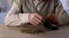 Бедността в България се увеличавала, рискът бил най-голям при децата и пенсионерите