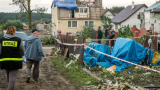 Силна буря в Полша взе една жертва, а 17 души пострадаха