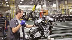 Въпреки отварянето на икономиката, производството в България се срива