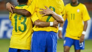 Бразилия с лека победа в контрола