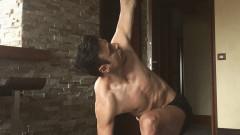 Защо Димитър Бербатов препоръчва да правим йога