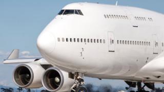 След 90-минутен полет самолет за Сан Франциско се върна в Австралия