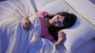 Япония ООД кара служителите си да спят в работно време, за да се бори с преумората