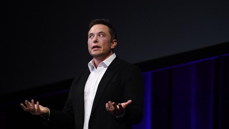 """Как Tesla се превърна в """"кокошката със златните яйца"""" на инвестиционните банки"""