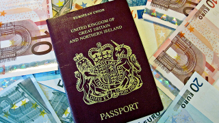 В Мексико работят цял месец за паспорт. А у нас?