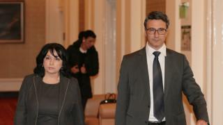 Дзен спокойствието на правителството за ЧЕЗ е странно за Трайков