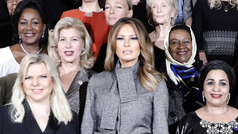 Оставка в Белия дом по желание на Мелания Тръмп