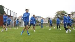 Левски тренира два часа под проливния дъжд