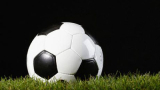 Осъдиха футболист, шпионирал жена