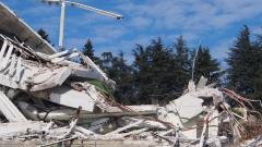 Седем на съд по делото за срутването на хотела край Варна