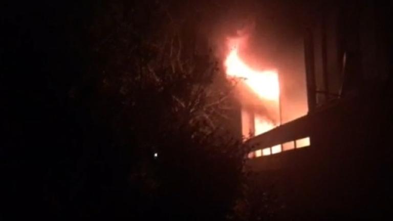 Снимка: Пожар изпепели директорския кабинет в гимназия в Завет