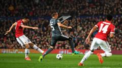 Манчестър чака елиминациите в Шампионска лига след 2:0 над Бенфика (ВИДЕО)