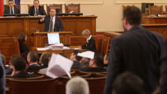 Див скандал в парламента заради забраната за агитация на чужд език