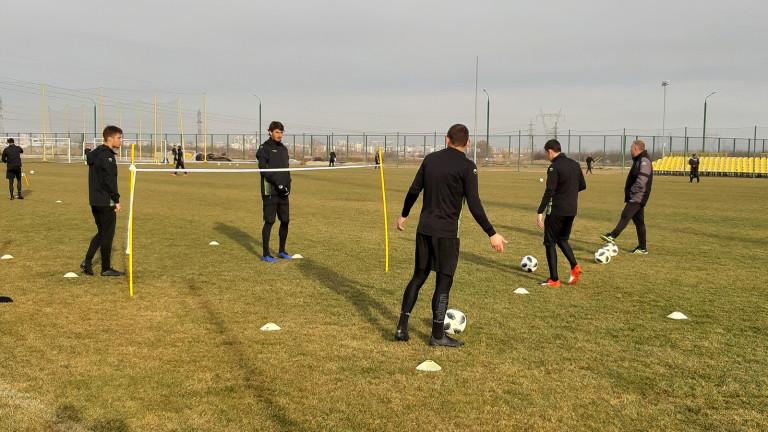 Антон Карачанаков ще започне тренировки с Ботев (Пловдив) в неделя.