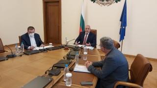 При третата вълна на COVID-19 Борисов разчита на усещането на свобода на българите
