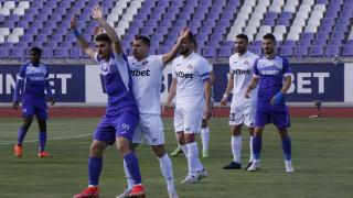 Стоян Предев може да пропусне решителния бараж срещу Ботев (Враца)