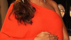 Бионсе е бременна пак? (СНИМКА)