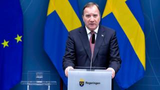 Шведският премиер се ваксинира срещу COVID-19 с Pfizer