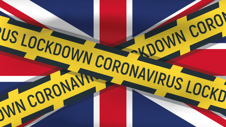 Повече от 50 000 починали от коронавирус във Великобритания